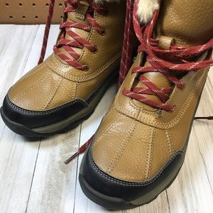 Clarks Shoes - Clarks Winter Boots size 8-1/2